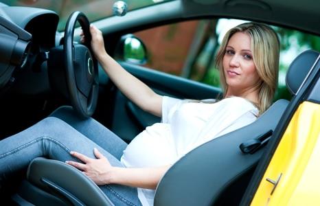 Беременность за рулем: за и против