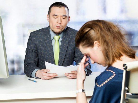 Почти 70% работодателей в РФ считают уместным спрашивать женщин о планах на детей