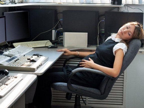 Работа в ночную смену опасна для беременных – риск выкидыша возрастает на 32%