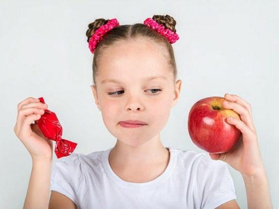 Почему детям нужно показывать картинки овощей