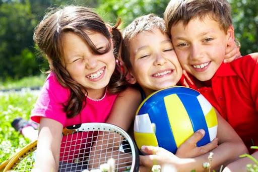 Спорт делает подростков счастливыми