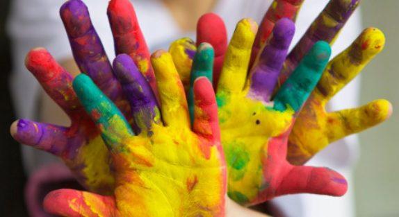 У родителей, страдающих депрессией, чаще рождаются творческие дети