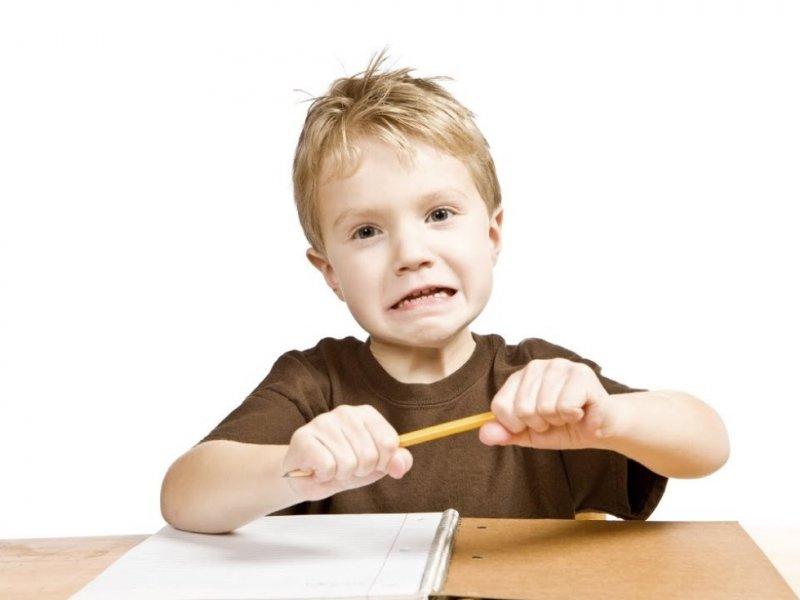 Как защитить детей от школьного стресса