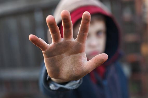 Как уберечь подростка от негативного влияния друзей?