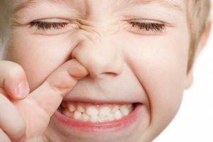 Пять самых вредных привычек вашего ребенка