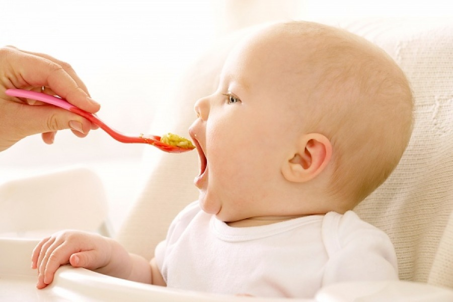 Какую молочную продукцию можно давать ребенку во время прикорма?