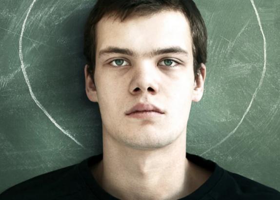 Использование анестетиков в подростковом возрасте повышает риск алкоголизма в будущем