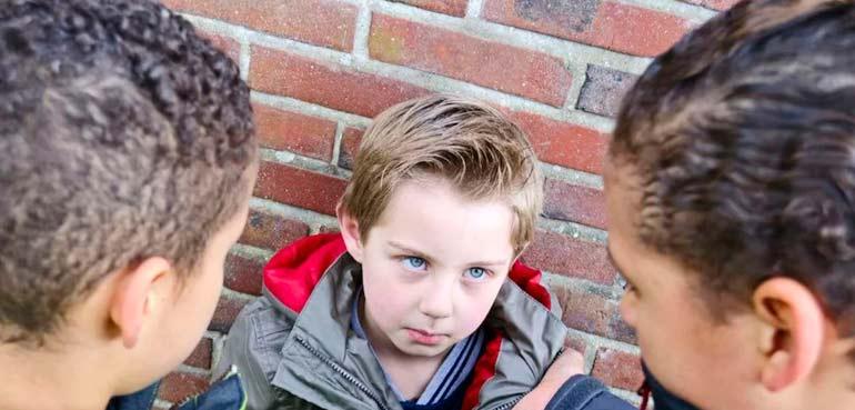 Ребенка травят в школе: 6 способов усугубить ситуацию