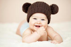 Мозг новорожденных может обрабатывать эмоции только на базовом уровне