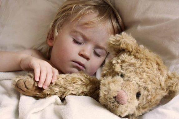 Плохое поведение детей связали с нарушением режима сна