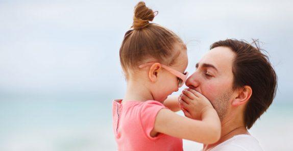 Отцы могут поднять самооценку дочерей