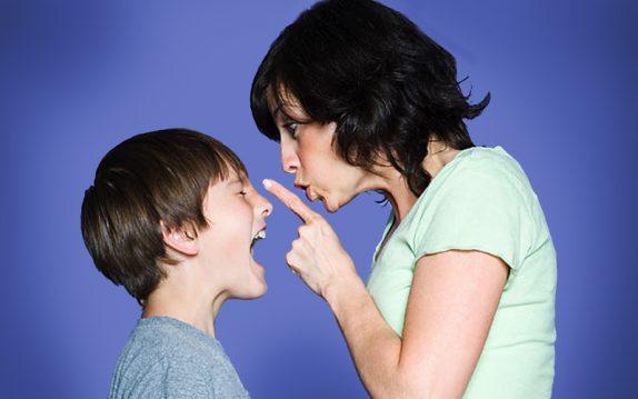 Стоит ли контролировать личную жизнь взрослеющего ребенка?
