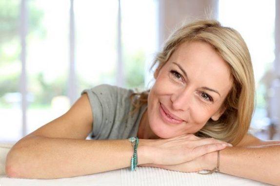 Десять способов, как облегчить состояние при менопаузе