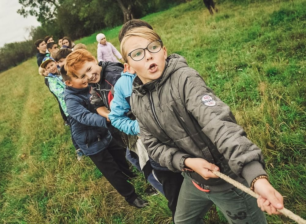 Дети наполовину уязвимы перед коронавирусом