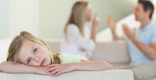 Специалисты показали, чем опасны жесткие формы воспитания ребенка