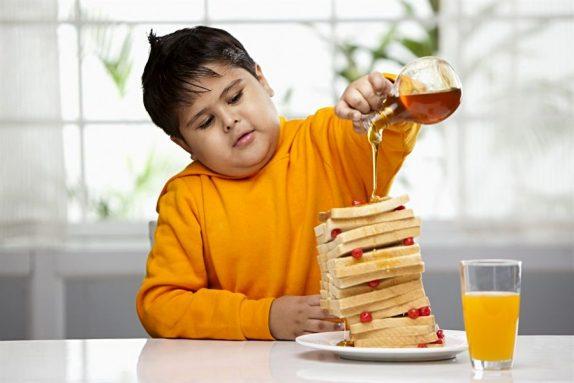 Как избежать ожирения у ребенка?