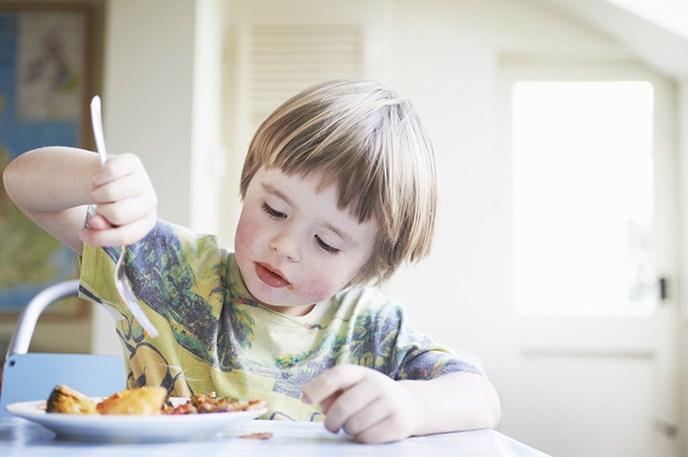 Нелюбимая еда – как накормить маленького привереду