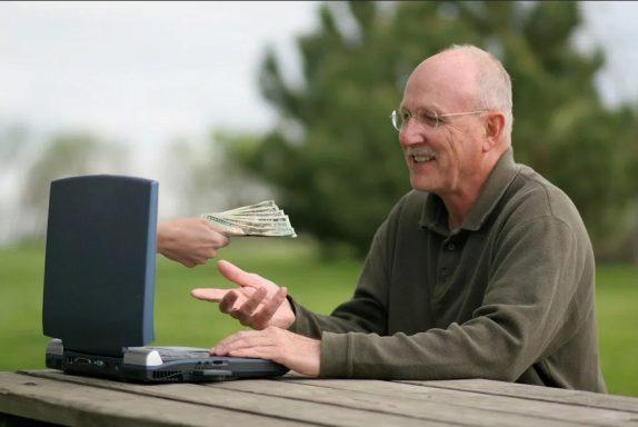 Актуальные способы заработка в сети для новичков-пенсионеров