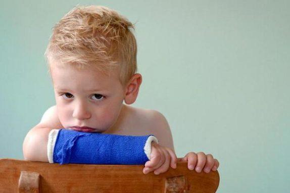 Главные опасности для развития костей у ребёнка