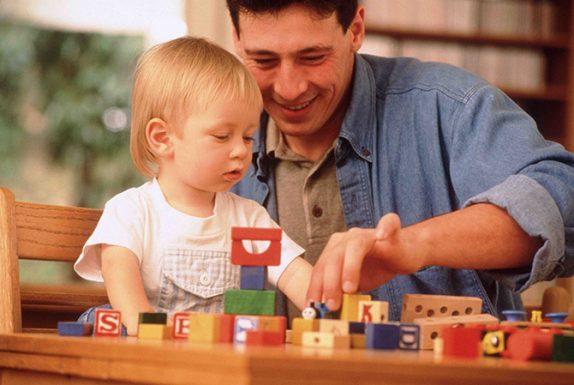 Топ-7 несложных и полезных игр для папы с сыном