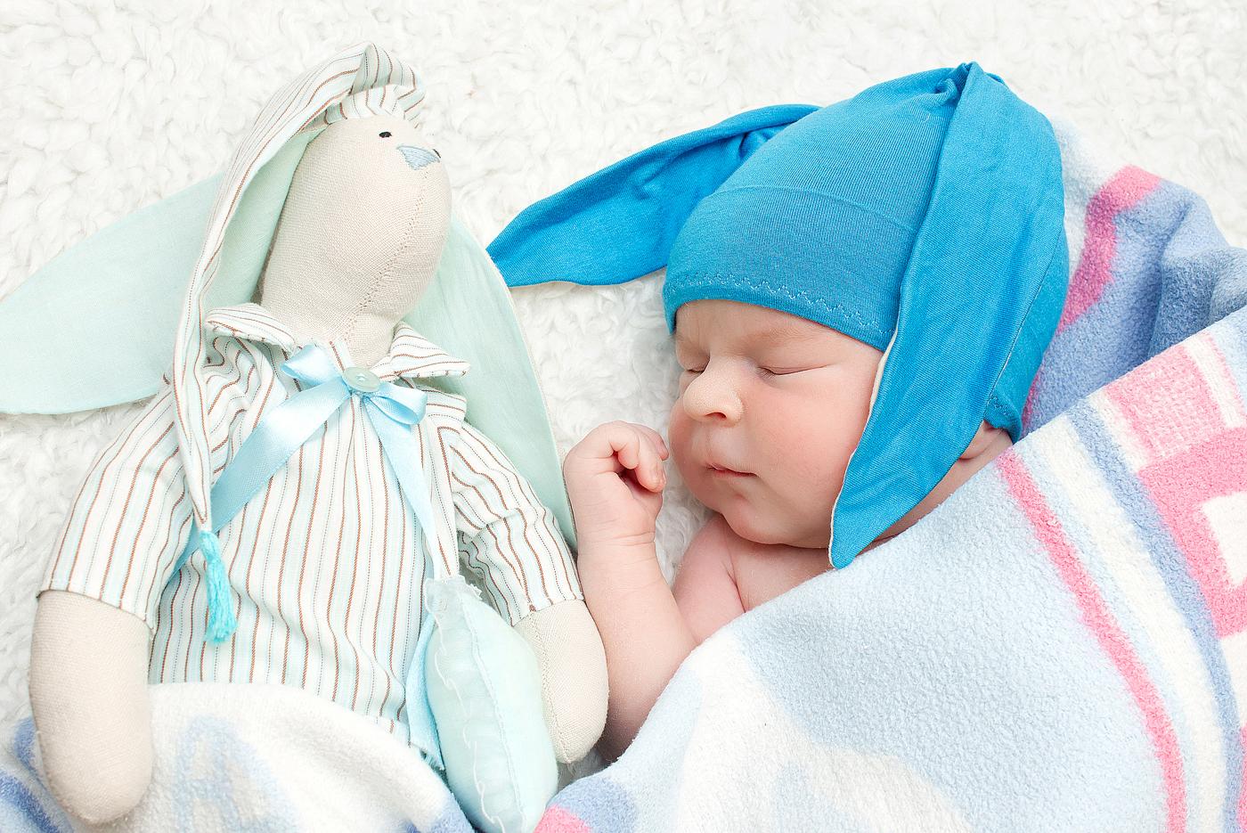 Специфика фотосессии новорожденных девочек