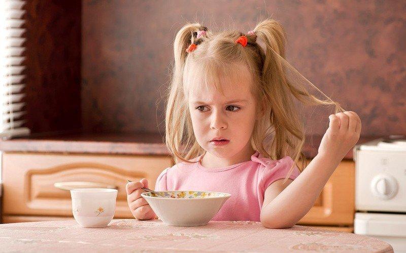 Ложку за маму, ложку за папу… Если ребенок плохо ест