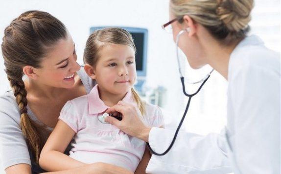 Медосмотр перед детсадом: каких врачей необходимо посетить