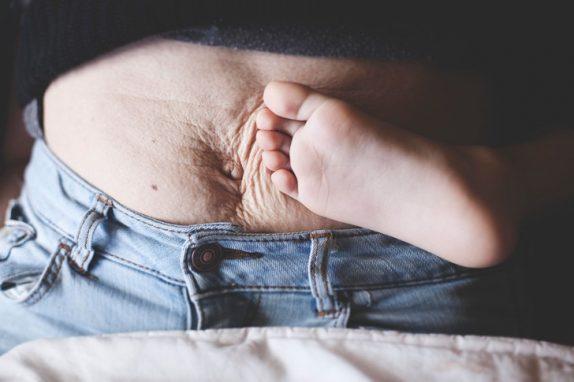Названы правила похудения после родов
