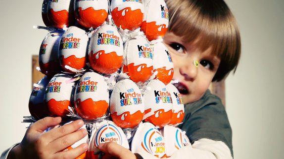 Киндер сюрприз: преимущества сладостей