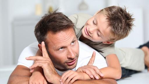 Как привлечь отца к воспитанию малыша?