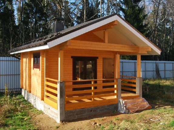 Строительство деревянных домов из клееного бруса и добротных русских бань.