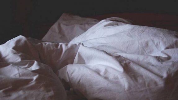 Комаровский рассказал, что делать, если ребенку трудно вставать по утрам