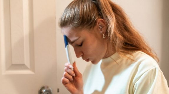 Сотрясение мозга у женщин может снизить вероятность беременности
